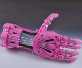 Prótesis de mano impresa en 3D - Fuente: E-Nable