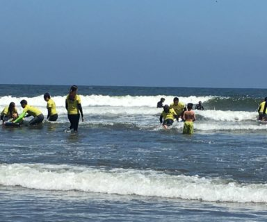 Surfistas de Adapta Chile