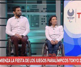 Captura de pantalla de la transmisión de los Juegos Paralímpicos por TVN, en la imagen están los dos comentaristas y deportistas Paralímpicos, Robinson Méndez y Catalina Jimeno.